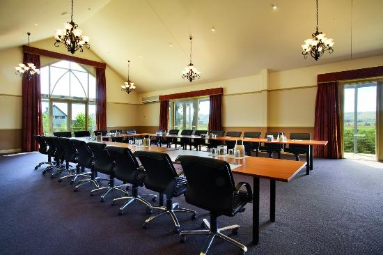 Grange Cleveland Winery: Meeting Room