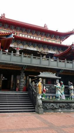 Cishih Syuanji Temple
