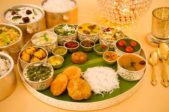 The south indian thali picture of itc grand chola for Abhiruchi south north indian cuisine