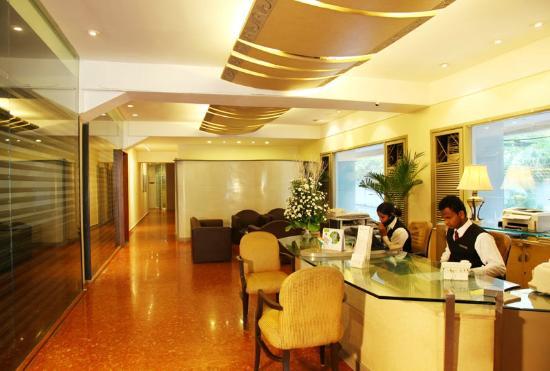 Royal Garden Hotel : Reception