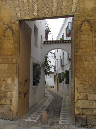 La Juderia - Córdoba - Picture of Jewish Quarter (Juderia), Cordoba - TripAdv...