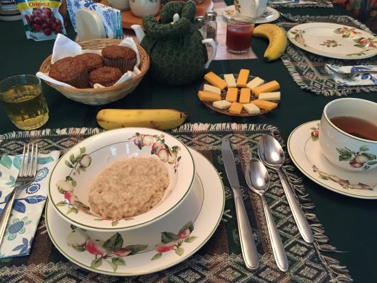 Ellerslie, Канада: 朝食のオートミール。お粥みたいでおいしかった。