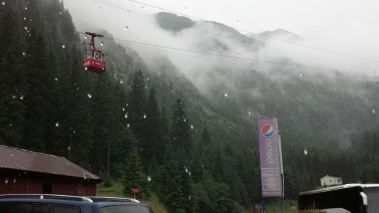 Αυτοκινητόδρομος Transfăgărășan: Felvonó a Balea-vízesésnél