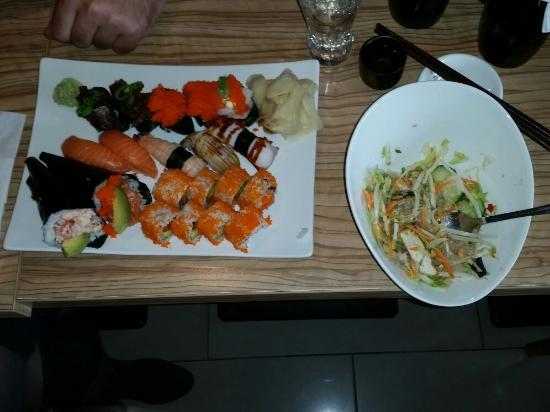 Interno picture of aki tatsu sushi berlin tripadvisor for Aki japanese cuisine