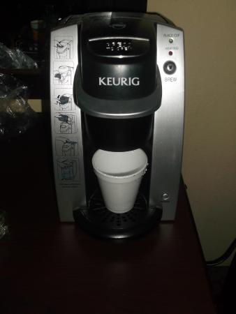 Econo Lodge and Suites North Syracuse: Cafetière Keurig