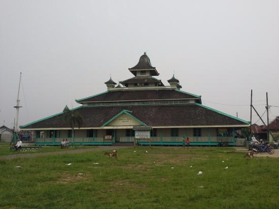 Jami Mosque : Masjid jami pontianak