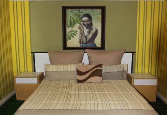 Liziwe's Guest House: Room 6