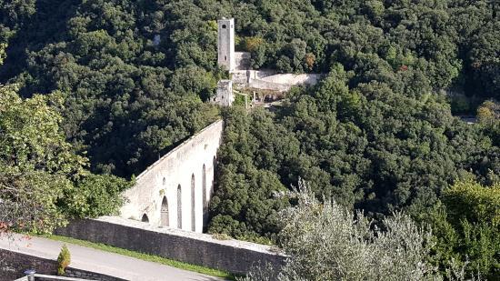 Сполето, Италия: El puente desde La Rocca