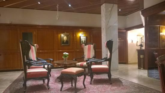 Parkhotel Graz: Hotel Hall