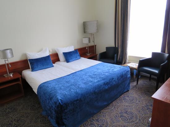 Van der Valk Hotel Purmerend : シンプルで落ち着いた部屋
