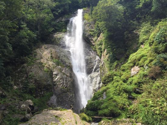 Sendantodoro Falls