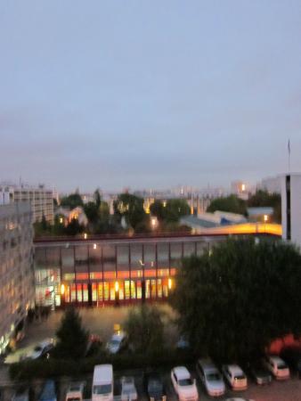Ibis Budget Paris Porte d'Aubervilliers: A blury view from o ur window