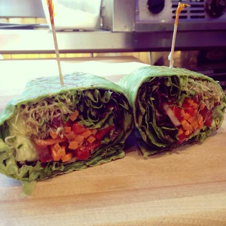 Cedar St. Bistro & Coffee Shop: Grilled Veggie Wrap