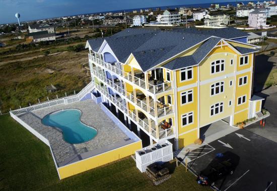 Rodanthe, NC: Waves Village Watersports Resort