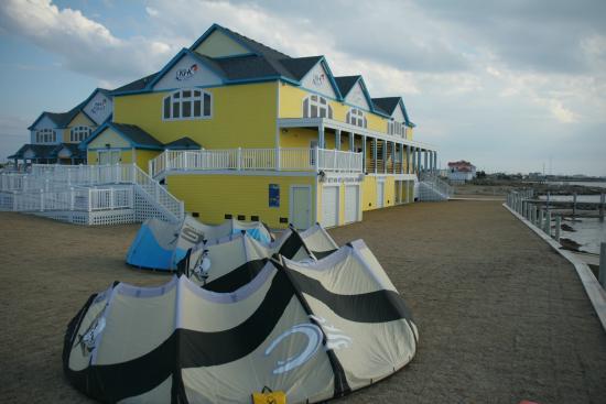 Rodanthe, NC: Kitty Hawk Kites Kiteboarding Resort - Outer Banks, NC