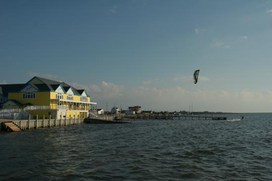 Kitty Hawk Kites Kiteboarding Resort - Rodanthe, NC