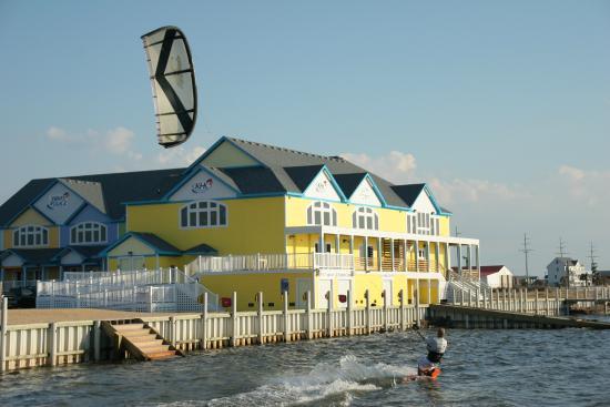 Kitty Hawk Kites Kiteboarding Resort