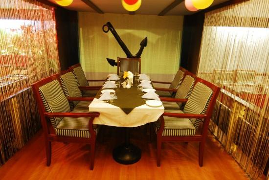 Captains Table Multi Cuisine Restaurant