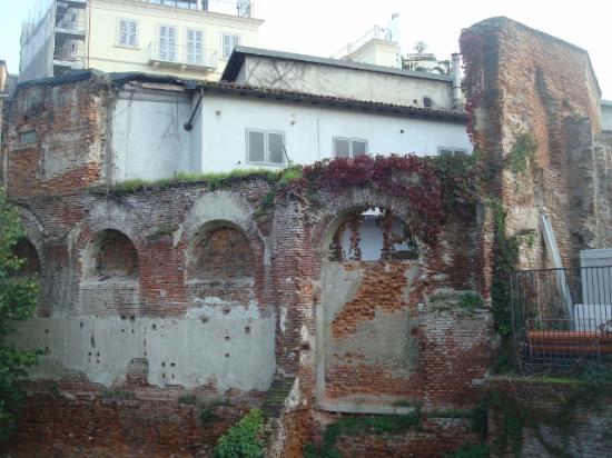 Emperor's Palace of Milan: Resti del Palazzo Imperiale (sec. III-IV)