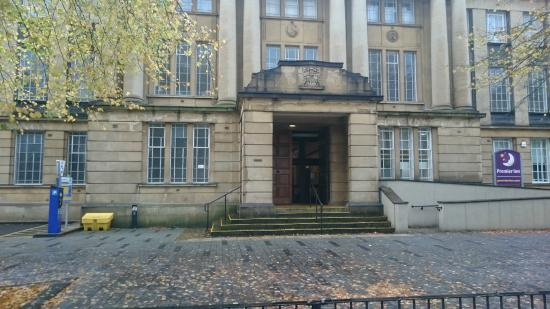 Coventry, UK: Main entrance to the building