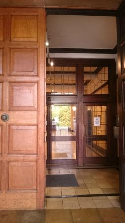 Coventry, UK: Front entrance