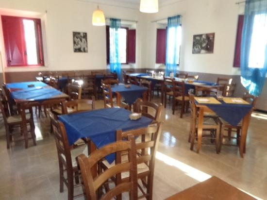 Casa Betania: The canteen - not very clean