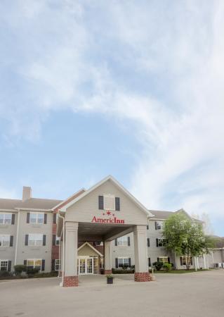 AmericInn Hotel & Suites Fulton IL
