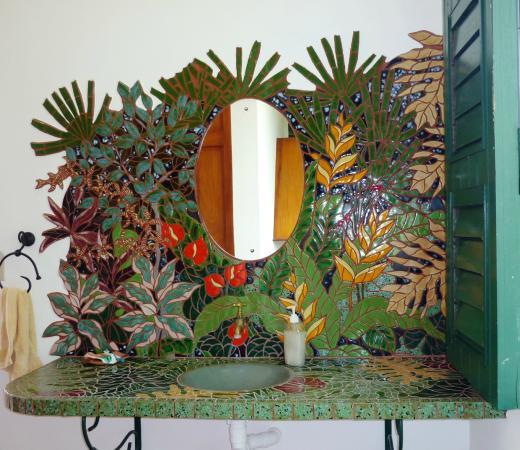Top O' Tobago Villa & Cabanas: Main House Bathroom Vanity