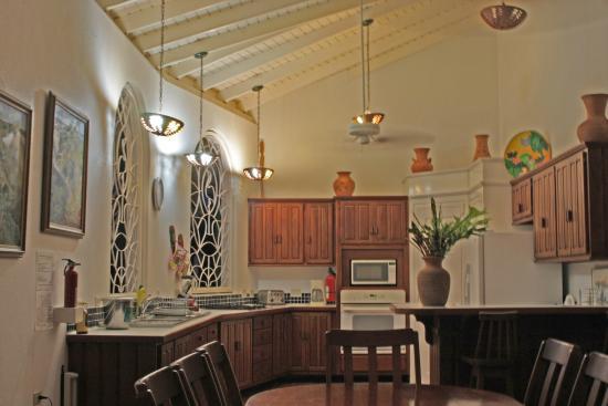 Top O' Tobago Villa & Cabanas: Main House Kitchen