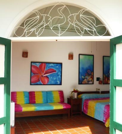 Top O' Tobago Villa & Cabanas: Looking In Cabana