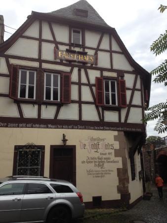 Magister Faust Haus: Tafel lesen!