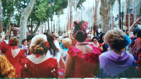 Feria del Caballo: The flamenco guilds dance their way across the park
