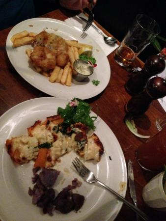 The Windsor Castle: Fish and Chips on top, Kale-Cauliflower-Cheddar tart on the bottom.