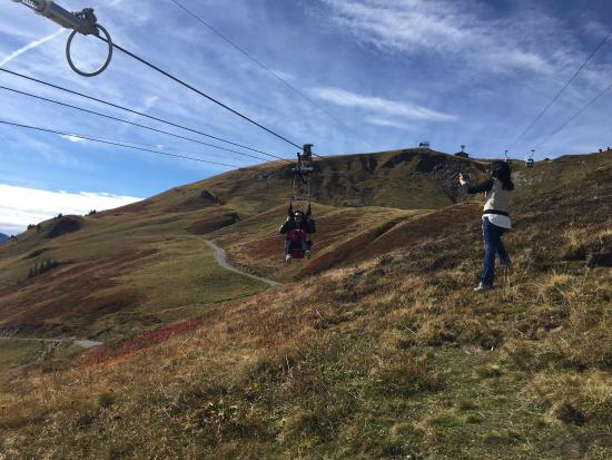 Grindelwald, Suiza: First Flyer