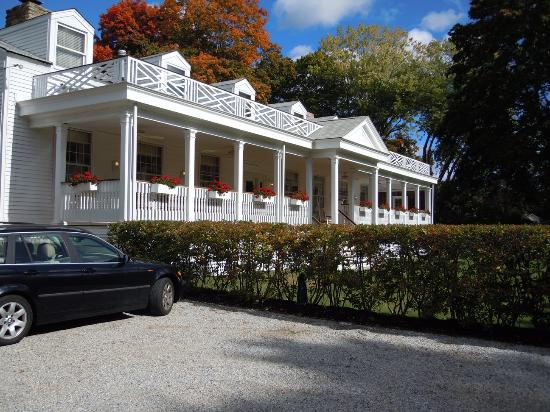 sitting porch picture of captain stannard house bed and breakfast rh tripadvisor com