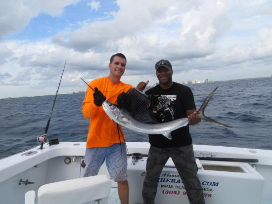 Foto di therapy iv deep sea fishing for Deep sea fishing miami fl