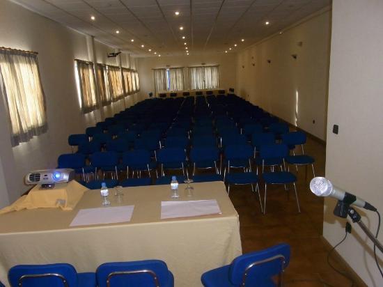 Residencial A Canhota: Auditório / Sala de Reuniões