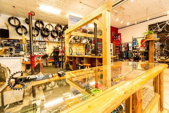 Revolution Cycles & Service