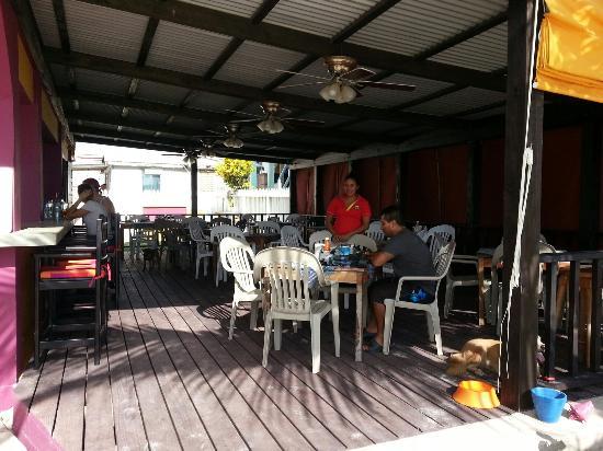 Melt Cafe and Beach Bar
