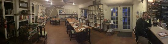 Rutledge, MO: Mercantile dining area