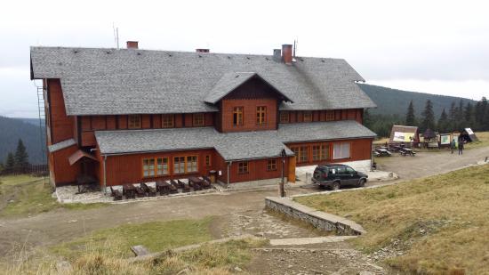 Miedzygorze, Polonia: Schronisko pod Śnieżnikiem