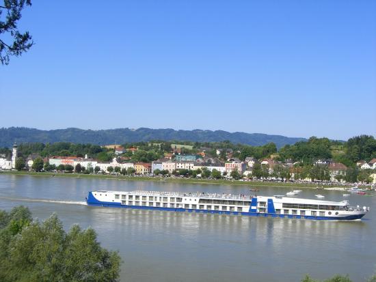 Aschach an der Donau, Austria: Panoramablick von der Terrasse