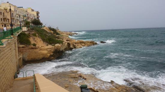 Belvanjos Christian Guest House Malta