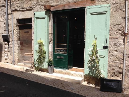 Montcuq en Quercy Blanc, Francja: getlstd_property_photo