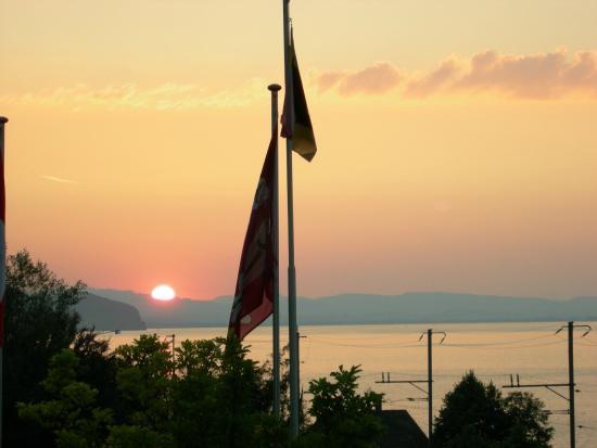 Leissigen, Suíça: Sonnenuntergang
