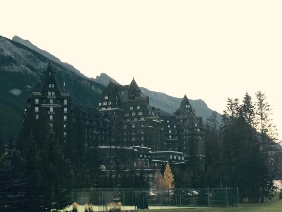 ‪Historical Banff Springs Hotel Tour‬