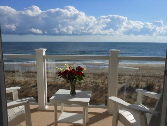from balcony picture of bethany beach ocean suites. Black Bedroom Furniture Sets. Home Design Ideas