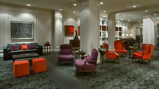 Photo of Hotel Manoir Victoria Quebec City