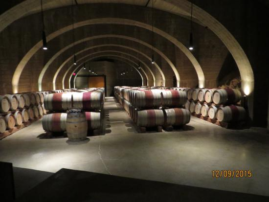 West Kelowna, Καναδάς: Barrell Cellar shown to public
