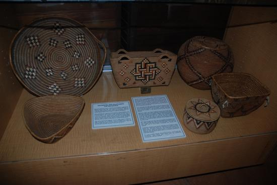 เวอร์นอน, แคนาดา: Interior Salish baskets